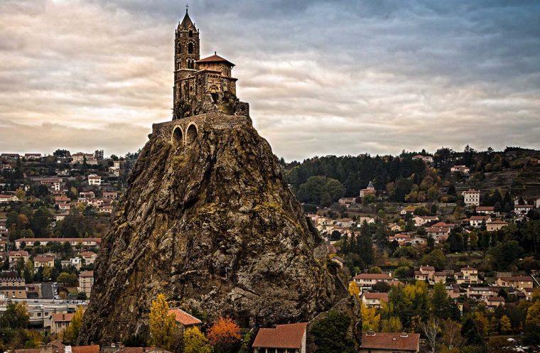 Средневековая христианская мысль во Франции